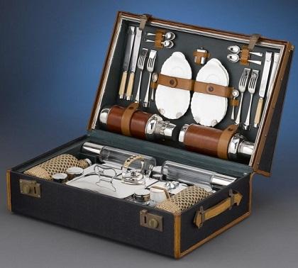 2  rolls-royce-picnic-case-1905